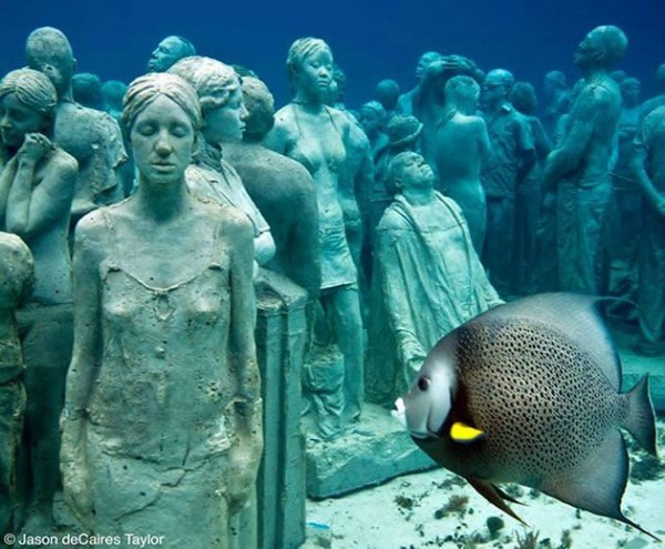 Statues of the Cancun Underwater museum